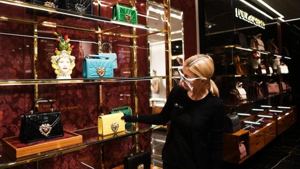 Рынок предметов роскоши может сократиться почти вдвое
