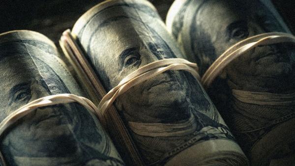 Альянс Китая и России ударил по позициям доллара