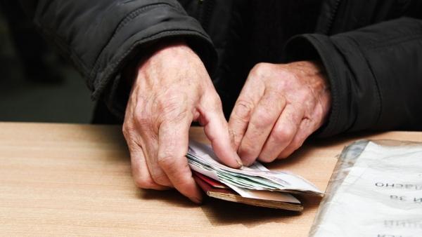 Доля получающих «серую» зарплату россиян выросла на 10%