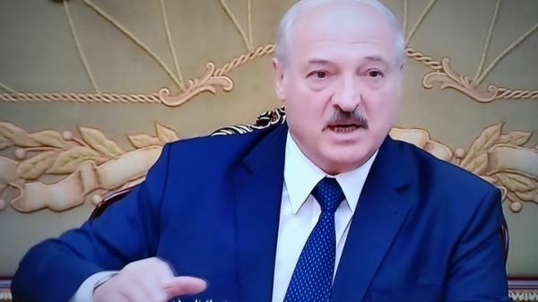 «Могут развязать «горячую» войну»: Лукашенко перекрыл границу с Литвой, Польшей и Украиной