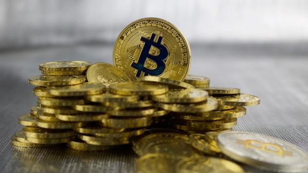 Минфин предложил запретить оборот криптовалюты в России