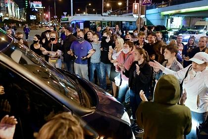 Минздрав Белоруссии назвал протесты причиной роста заболеваемости коронавирусом