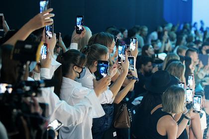 Раскрыты сроки устаревания смартфона