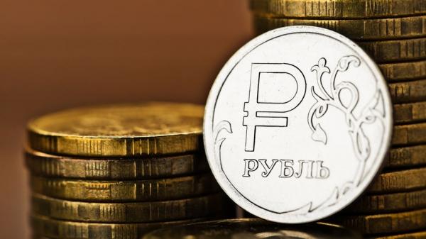Минпромторг считает, что падение рубля поможет некоторым компаниям