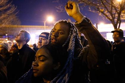 Подсчитаны огромные потери США из-за расизма