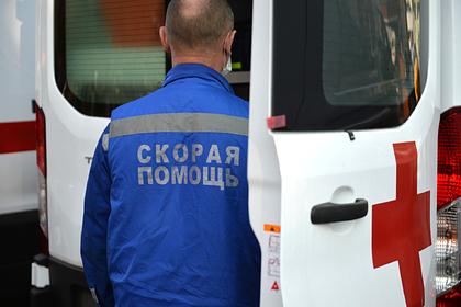 Россиянка лишилась четырех пальцев после поездки влифте