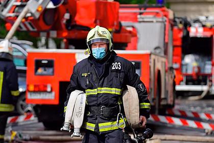 Спасатели научили россиян выживать при пожаре вподъезде