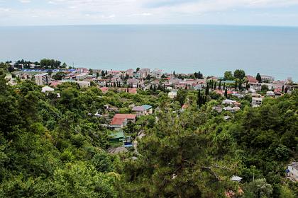 Россияне бросились скупать жилье вАбхазии